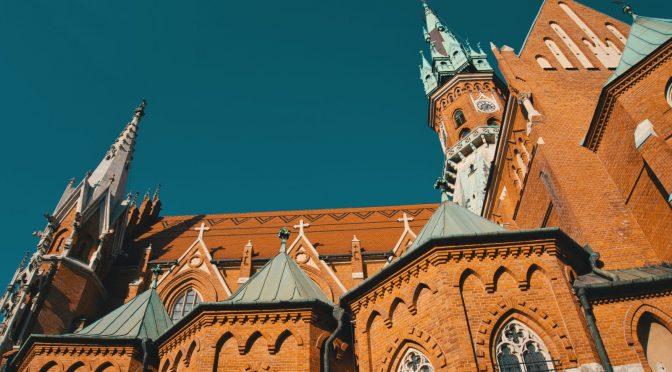 Najpopularniejsze pielgrzymki do miejsc w okolicach Krakowa . Lista pielgrzymek do Krakowa i okolic